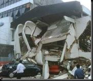 kumpulan-foto-korban-padang-gempa-2009-terbaru-korban-gempa-padang-2009-sumatera-barat-indonesia